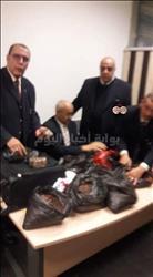 عاجل| جمارك المطار تحبط محاولة ضابط تهريب أحجار كريمة بمليون جنيه