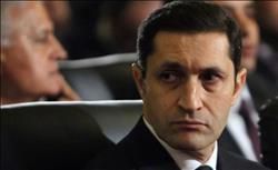 «علاء مبارك» يرد على تغريدة استفزته : «خوفتني»