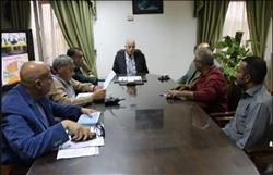 محافظ جنوب سيناء يبحث مشروعات 2018 بشرم الشيخ