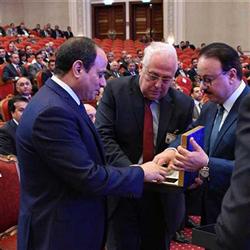 حصاد الاتصالات| أول محمول مصري وخدمات الـ«4G» وتحويل أموال النفقة.. أبرز المحطات