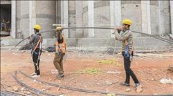 3.5 مليون عامل من «جحيم» الشارع إلى «جـنة» المشروعات القومية