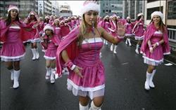 «تكسير الصحون والملابس الداخلية».. أبرز العادات الغريبة في ليلة رأس السنة