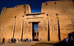 مد ساعات الزيارة لمعبدي ادفو وكوم أمبو طوال «السدة الشتوية»