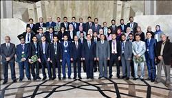 وزير البترول: إستراتيجية الوزارة ترتكز على تنمية قدرات الشباب