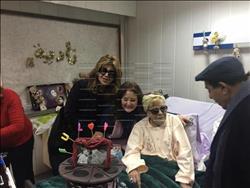 بالصور| نجوم الفن يحتفلون بعيد ميلاد نادية لطفي