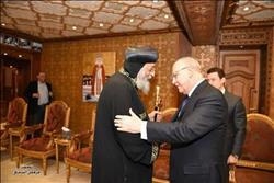 البابا تواضروس يستقبل وزير العدل بالمقر الباباوي
