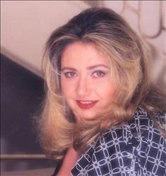 في ذكرى ميلادها الـ 56.. أبرز إطلالات ليلي علوي| صور