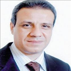 عمرو الخياط يكتب: مصر في طوق النار