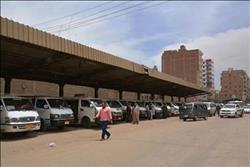 وقف إنشاء موقف سيارات بسوهاج بعد العثور على قاعدة تمثال أثرى