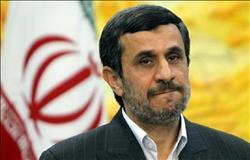 الرئيس الإيراني السابق: عصابة فاسدة تحكم المؤسسات الأمنية بالبلاد