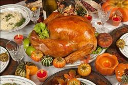 «الديك الرومي» و«طواجن اللحم»..أبرز الضيوف على موائد الأقباط ليلة 7 يناير