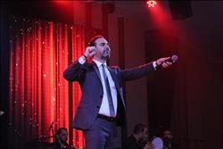 وائل جسار يحيي حفل أعياد الميلاد ببيروت