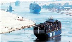 41 سفينة تعبر قناة السويس بحمولات 2.4 مليون طن