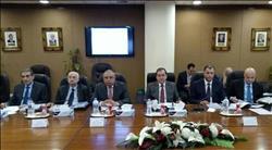 وزير البترول يعتمد الموازنة التخطيطية لشركتي السويس والنصر