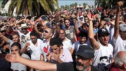 المعارضة التونسية تتعهد بتوسيع الاحتجاجات حتى إسقاط قانون المالية