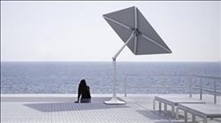 مظلة ذكية تتبع أسلوب دوار الشمس وتشغل الواي فاي والموسيقى