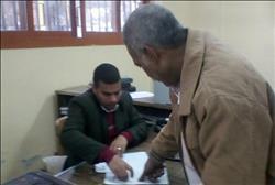 إقبال ملحوظ على مكاتب الشهر العقاري بالمنيا لعمل توكيلات الانتخابات الرئاسية