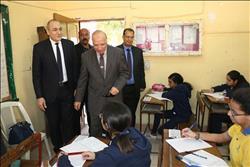 محافظ القاهرة يتفقد امتحانات الفصل الدراسي الأول للشهادة الإعدادية |صور