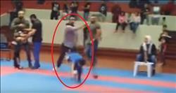 فيديو| كويتي يضرب طفل مصري لفوزه على ابنه في الكاراتيه