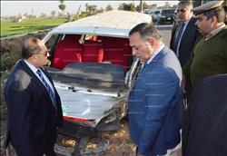محافظ سوهاج ومدير الأمن يتفقدان حادث تصادم مركز المنشاة