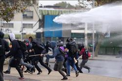 اشتباكات بين الشرطة التشيلية ومحتجين بعد وصول بابا الفاتيكان