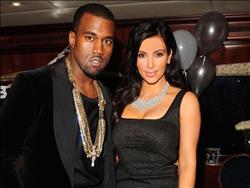 كيم كارداشيان تعلن عن ولادة طفلها الثالث من «أم بديلة»