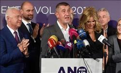 حكومة التشيك توافق على الاستقالة بعد خسارة اقتراع على الثقة