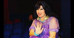 تعرف على حقيقة إقامة فيفي عبده دورة للرقص في السعودية |صور