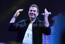 صور| عمرو دياب يُشعل حفل كايرو فيستفال بأغنية «برج الحوت»