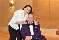 صور| لقطات حصرية لزامفير وزوجته مع إيناس عبد الدايم