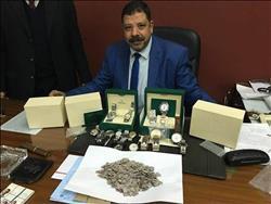 جمارك مطار القاهرة تحبط تهريب 620 قطعة ذهبية