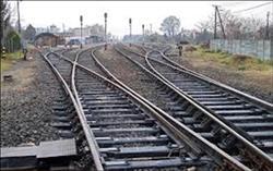 السكة الحديد تستغيث بالمحليات لإبعاد الأسواق عن القضبان