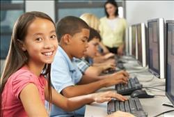 """""""الأونروا"""": نُعلم نصف مليون طفل في أكثر من 700 مدرسة"""