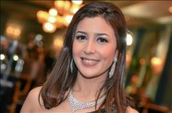 جنات تحتفل بـ«عيد الحب» في الإسكندرية