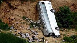 مصرع 15 شخصا بسقوط حافلة ركاب بواد في جواتيمالا