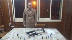 القبض على صاحب مطعم لحيازته أسلحة نارية بالأزبكية