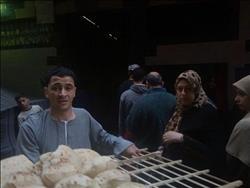 لثاني مرة بشبرا الخيمة..صاحب مخبز يوزع ألف رغيف يوميًا مجانًا