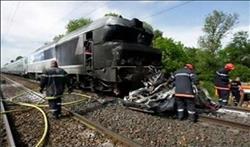 تصادم قطار بسيارة على خط بنها بورسعيد