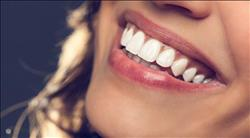 للتمتع بـ «ابتسامة هوليود » .. ابتعدي عن هذه الأطعمة