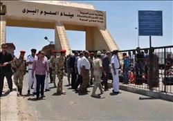 عودة 140 مصريًا ووصول 105 شاحنات عبر منفذ السلوم ..أمس