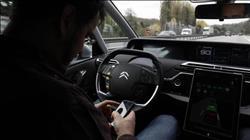 منع استخدام «المحمول» نهائيا داخل السيارات بفرنسا