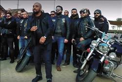 فيديو.. «موتورهيدز» يطلق أول أغنية عن هواية ركوب الدراجات النارية