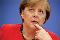 ساعات فاصلة تعيشها ميركل مع مفاوضات المعارضة لإنقاذ حكومتها