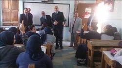 وكيل تعليم القاهرة يتفقد المدارس ويطمئن على سير العملية التعليمية