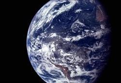 شاهد.. أبعد صورة للأرض من الفضاء| فيديو