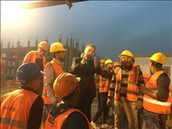 وزير النقل يقوم بجولة مفاجئة في محطات المرحلة الرابعة للمترو