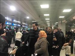 ظافر العابدين يصل تونس للاحتفال بـ«حبة كراميل»