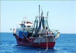 وزارة الخارجية تتابع احتجاز مركب صيد مصرية في بورسودان
