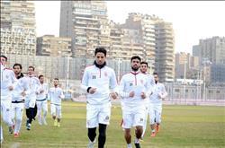 أيمن عبد العزيز يقود مران المستبعدين من مباراة دجلة صباحاً