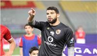 مدير الكرة بالأهلي يكشف سبب استبعاد إكرامي من المباريات